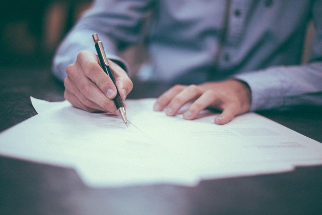 Wanneer mag je met een verstandelijke beperking een testament ondertekenen?