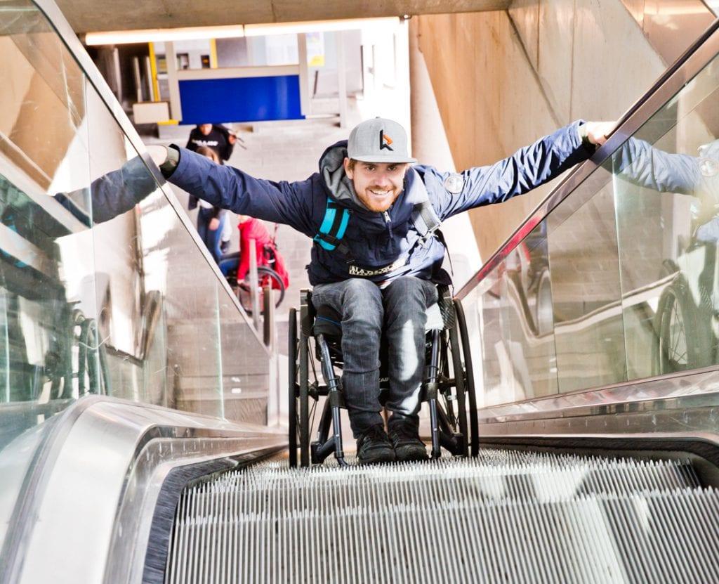 Rehab Academy, voor het eerst de roltrap op met je rolstoel
