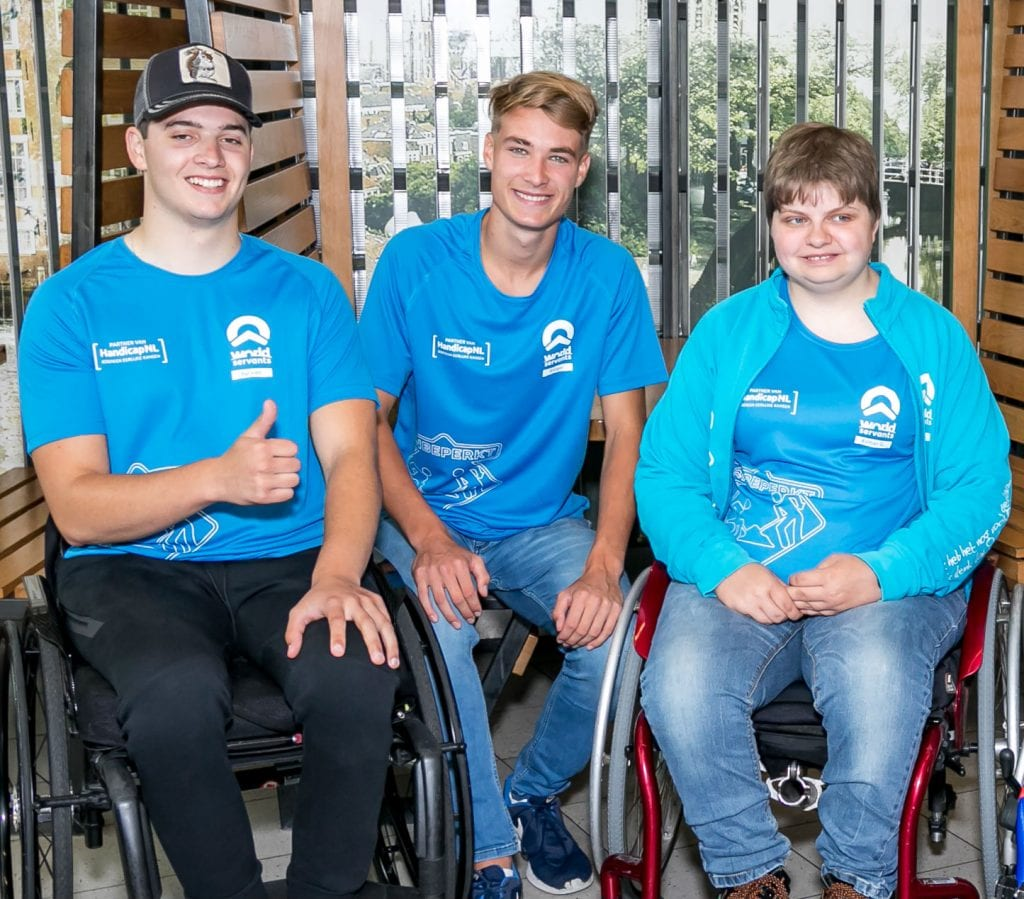 World Servants Onbeperkt: Sylvan, Rutger en Esther op Schiphol