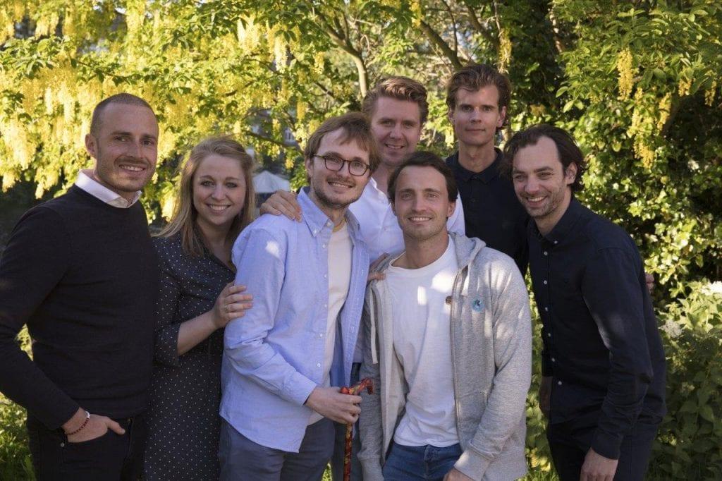 Daan Theeuwes met vrienden